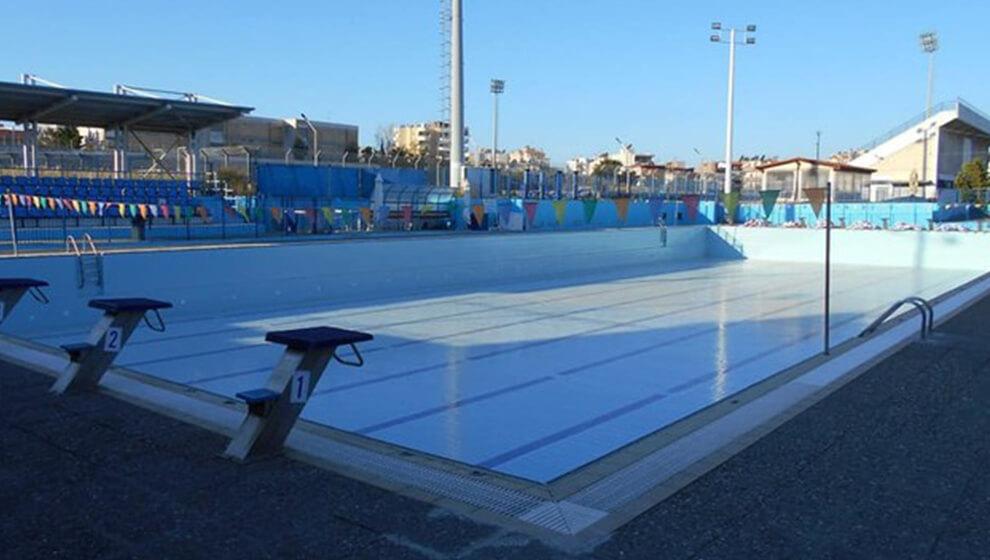 Ανοίγει η πισίνα για το κοινό και τις Κυριακές